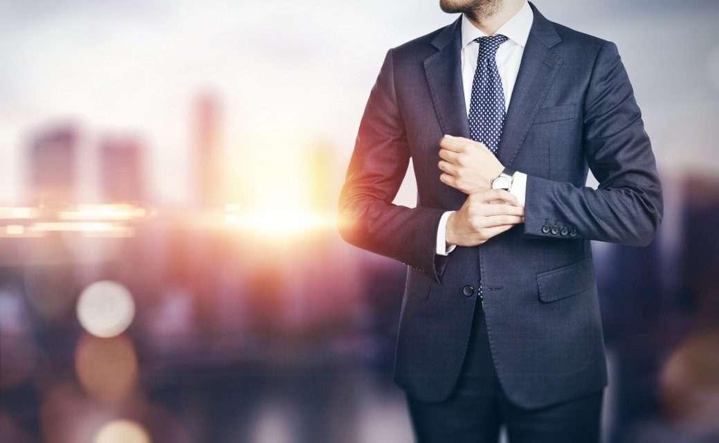 経営課題を解決するビジネスマン